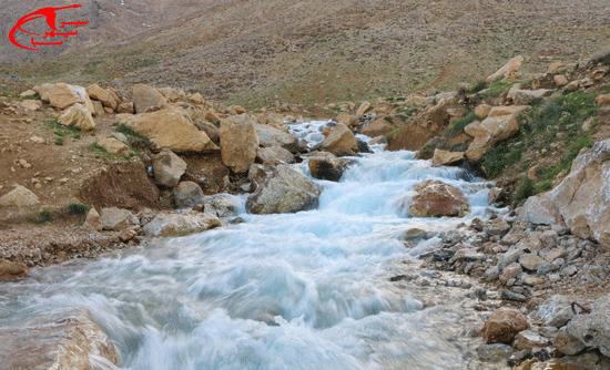 زیباترین چشمه ها ی استان چهارمحال و بختیاری